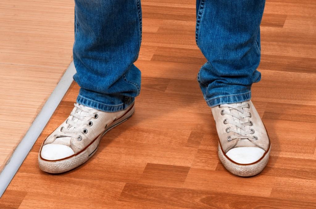 jakie buty do jeansow