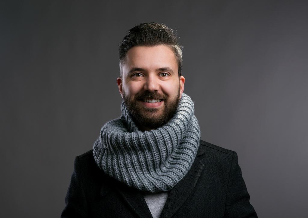 Poradnik dżentelmena – jesienna stylizacja z długim kominem