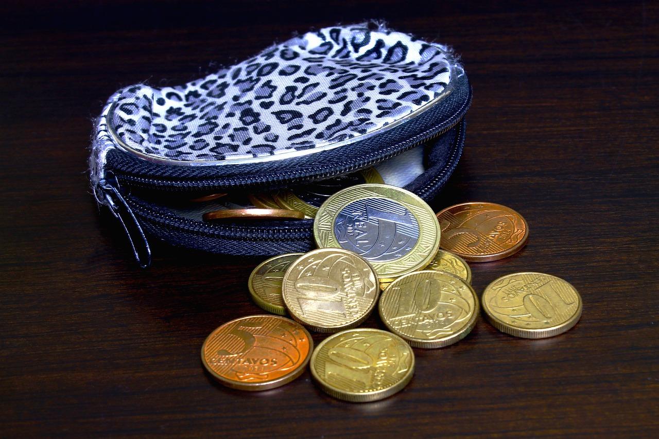 Czy portmonetki są potrzebne w dzisiejszych czasach?